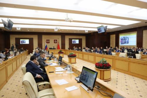 Губернатор обсудил итоги реализации госпрограмм